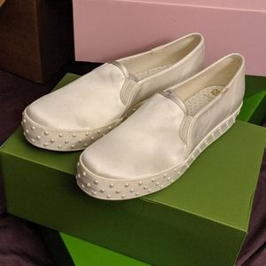 BNIB Triple Decker Kate Spade Pearl Slip-On